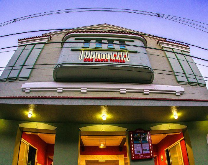 (Português) Cine Santa Tereza, uma história digna de filme